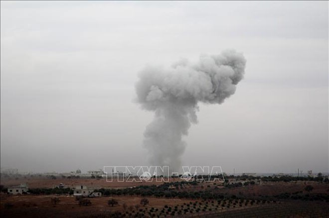Rusia membenarkan melakukan serangan udara terhadap sasaran-sasaran teroris di Idlib, Suriah - ảnh 1
