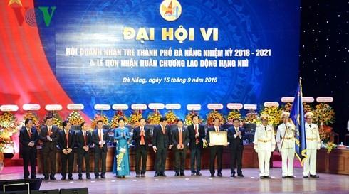 Kota Da Nang membantu badan-badan usaha mengembangkan produksi dan bisnis - ảnh 1