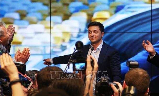 Pilpres Ukraina: Pemimpin negara-negara di dunia mengucapkan selamat kepada Volodymyr Zelensky - ảnh 1