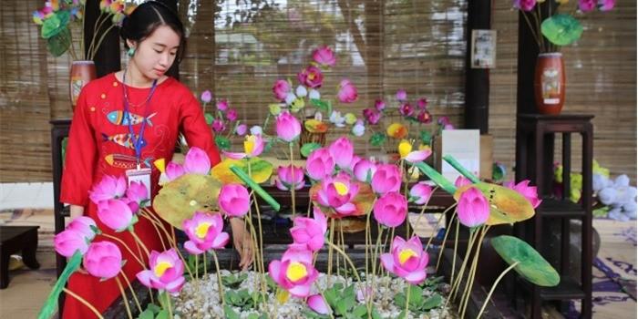 Produk kerajinan tradisional di Festival ke-8 Kerajinan Tradisonal Hue tahun 2019 - ảnh 2