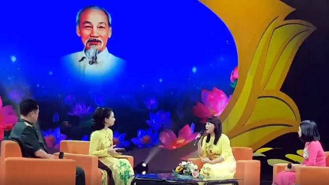 Temu pergaulan dari para teladan tipikal dalam belajar dan bertindak sesuai dengan pikiran, moral dan gaya Ho Chi Minh - ảnh 1
