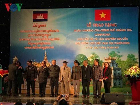 VOV dan Radio Kamboja: Hubungan persahabatan yang setia - ảnh 1