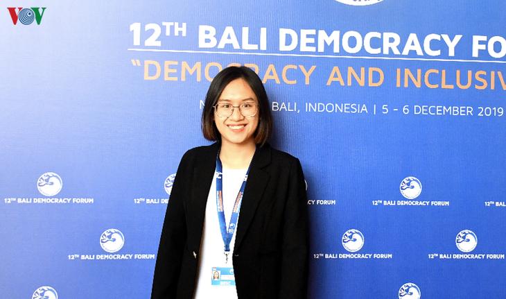 Forum Demokrasi Bali kali ke-12 Menjunjung Tinggi Peranan Memimpin dari Perempuan dan Pemuda - ảnh 2