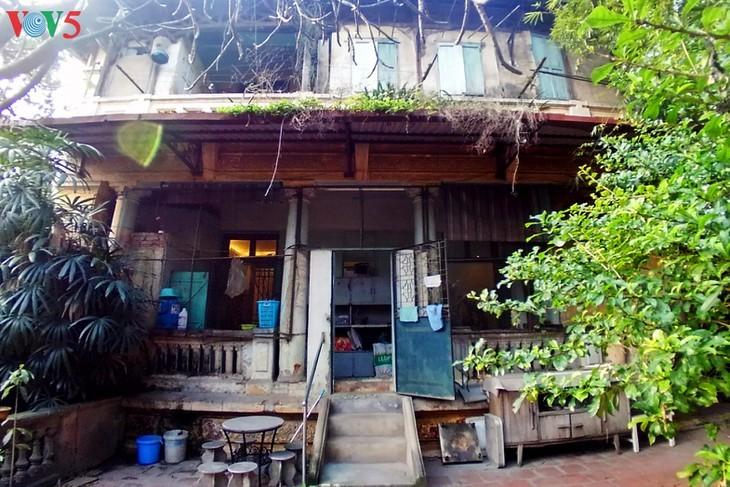 Keindahan arsitektur vila kuno Stasiun siaran Bach Mai - ảnh 16