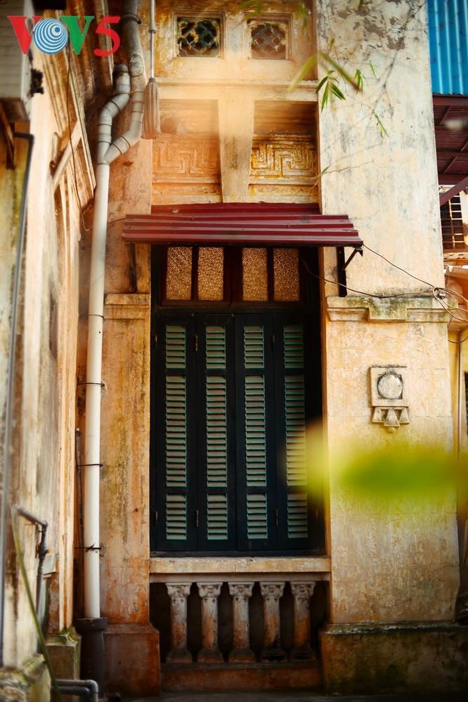 Keindahan arsitektur vila kuno Stasiun siaran Bach Mai - ảnh 5
