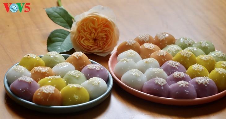Kue Troi dan Kue Chay yang berwarna-warni pada Perayaan Hansik - ảnh 6