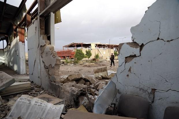 Koalisi pasukan Arab pimpinan Arab Saudi menyatakan gencatan senjata di Yaman - ảnh 1