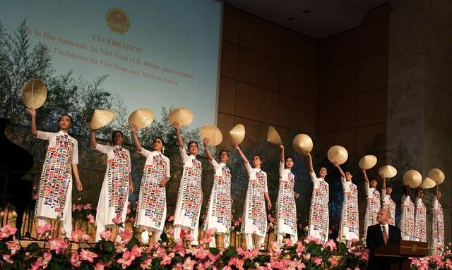 Orang Vietnam membawa jati diri kebudayaan Vietnam ke semua benua - ảnh 4