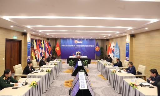 Solidaritas merupakan vaksin yang membantu ASEAN memundurkan wabah Covid-19 - ảnh 2