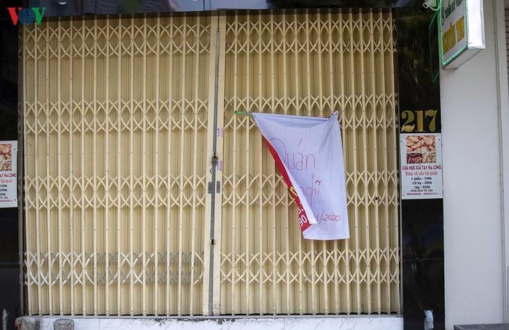 Satu Kota Da Nang yang dinamis sekarang sunyi senyap di tengah pandemi Covid-19 - ảnh 14