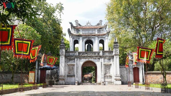 Situs-situs peninggalan sejarah di Kota Hanoi pada hari pertama dibuka kembali - ảnh 1