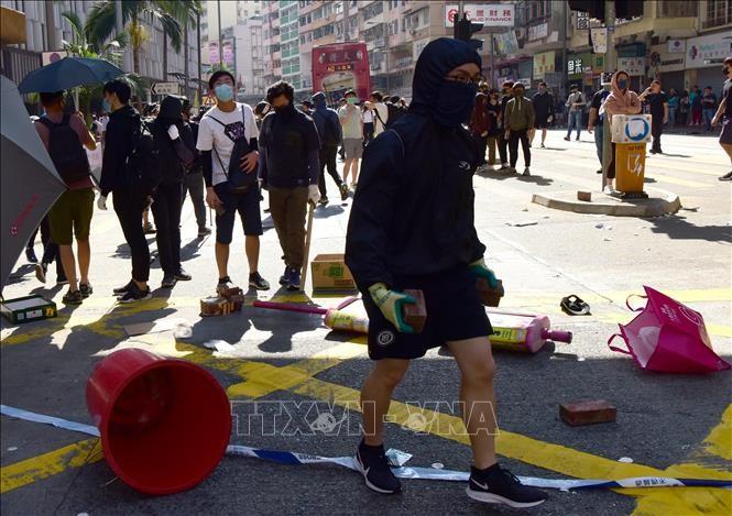 Pemerintah Hong Kong (Tiongkok) mengutuk keras orang-orang yang melakukan demonstrasi kekerasan - ảnh 1