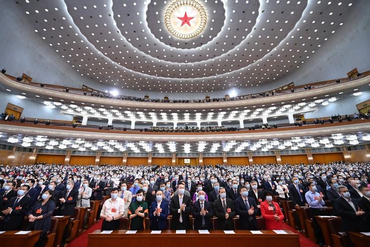 Penutupan persidangan ke-3 Konferensi Permusyawaratan Politik Rakyat Tiongkok angkatan XIII - ảnh 1