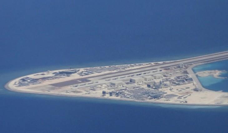 Tiongkok menimbulkan hal yang tidak menguntungkan mereka sendiri ketika terus berperilaku secara tidak masuk akal di Laut Timur - ảnh 1