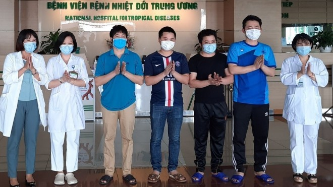 Wabah Covid-19: Vietnam tidak mencatat kasus terinfeksi dalam masyarakat dalam waktu 49 hari teakhir, lebih dari 92% jumlah pasien sembuh - ảnh 1