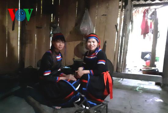 Ciri budaya khas dari warga etnis minoritas Thuy di Provinsi Tuyen Quang - ảnh 1