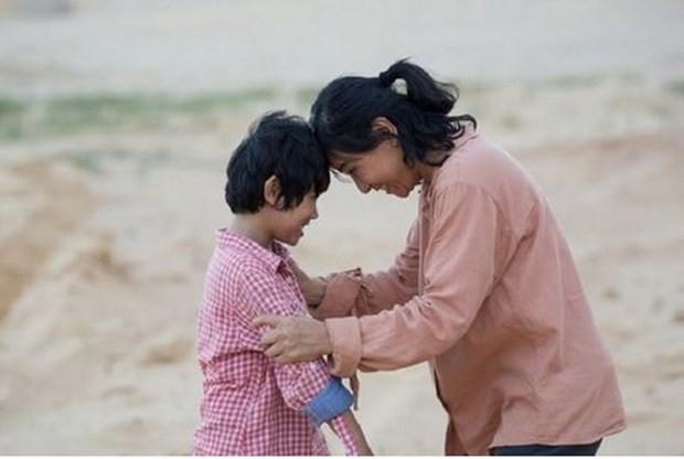 "Film ""Kebahagiaan Ibunda"" membuka Pekan Film ASEAN 2020 - ảnh 1"