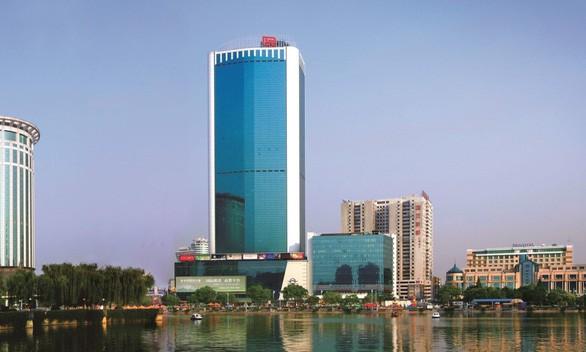 Kedubes Tiongkok di AS mengeluarkan pernyataan untuk memprotes AS yang menuntut penutupan Konsulat Jenderal negara ini di Houston - ảnh 1