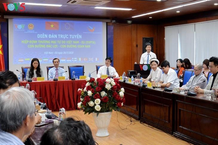 "Forum virtual: ""Perjanjian EVFTA: Jalan kemenangan - jalan kesulitan""  - ảnh 10"