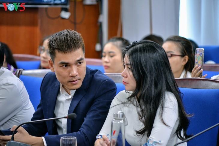 "Forum virtual: ""Perjanjian EVFTA: Jalan kemenangan - jalan kesulitan""  - ảnh 4"