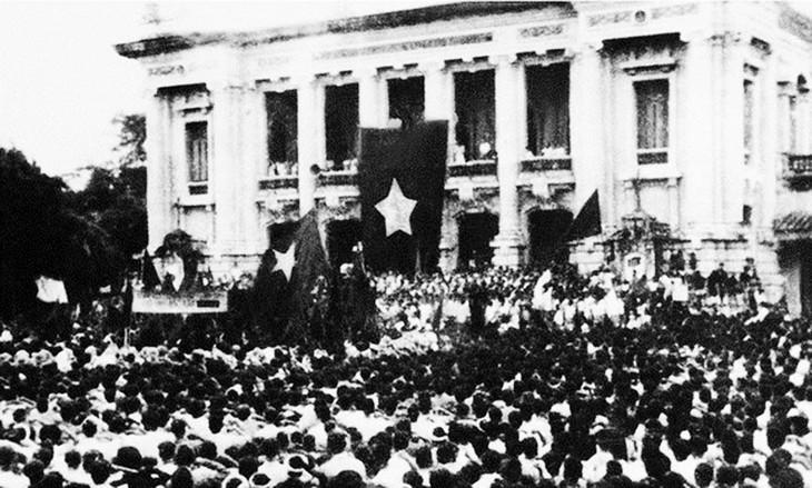 Revolusi Agustus dan pelajaran dalam periode integrasi - ảnh 1