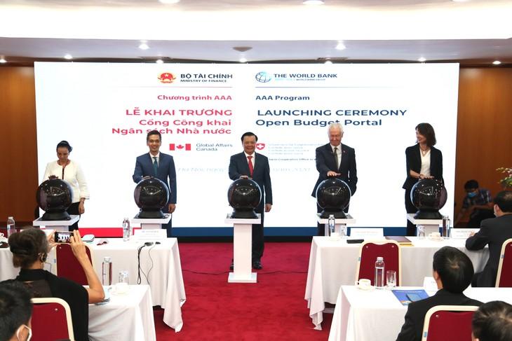 Peresmian Portal Keterbukaan APBN – kemajuan besar dalam transparansi APBN Vietnam - ảnh 1