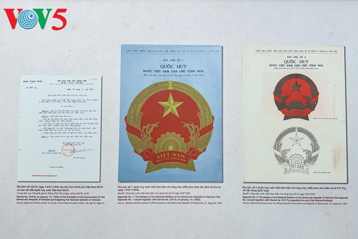 Pameran tentang lahirnya Lambang Negara Vietnam - ảnh 13