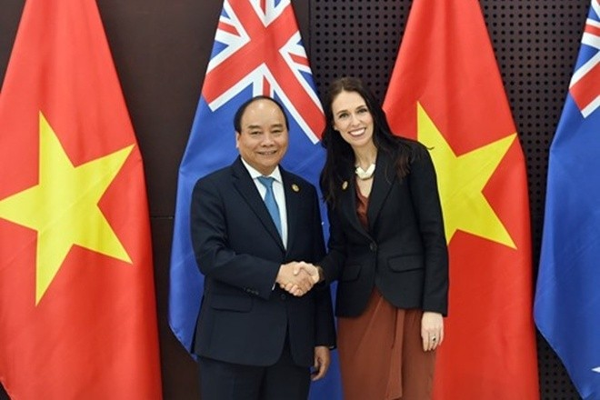PM Vietnam, Nguyen Xuan Phuc mengucapkan selamat atas kemenangan Partai Buruh dan PM Selandia Baru - ảnh 1