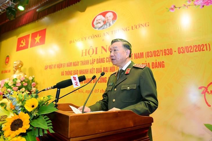 Kementerian Keamanan Publik Berikan Laporan Singkat tentang Hasil Kongres Nasional XIII PKV - ảnh 1