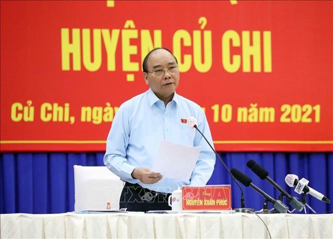 Presiden Nguyen Xuan Phuc Lakukan Kontak dengan Para Pemilih Kota Ho Chi Minh - ảnh 1
