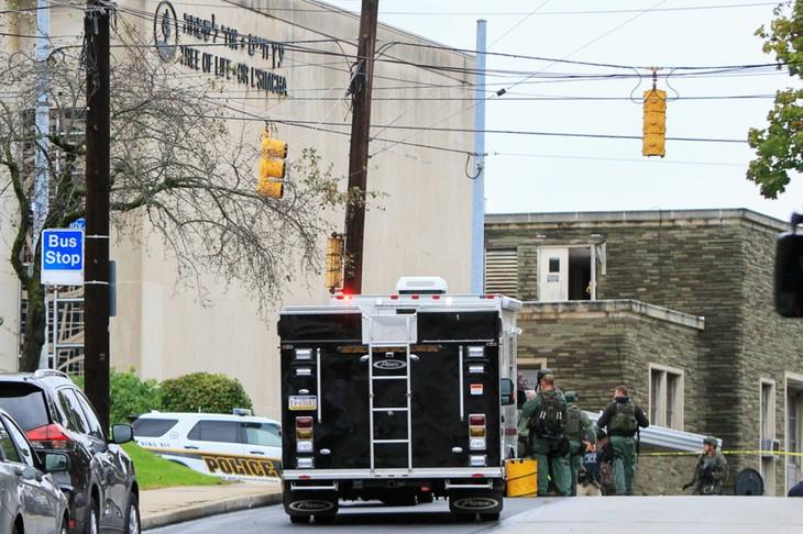 World leaders condemn anti-Semitic attack in Pittsburgh - ảnh 1