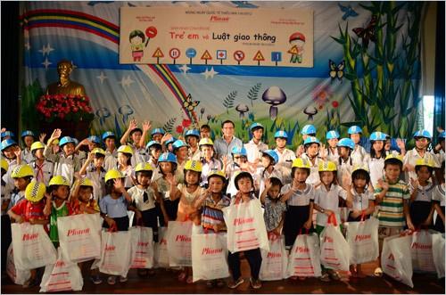 Мероприятия, посвящённые Международному дню защиты детей во Вьетнаме  - ảnh 1