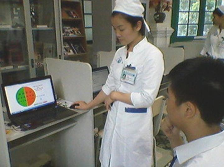 Во Вьетнаме реализуется проект дистанционной проверки зрения школьников - ảnh 2