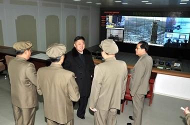 Северная Корея продолжит запуски космических спутников - ảnh 1