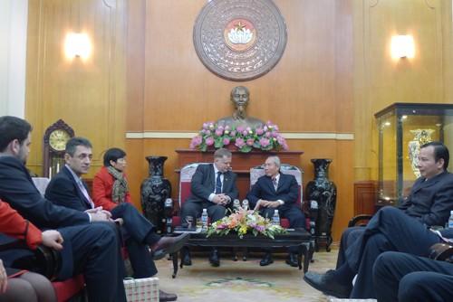 Председатель ЦК ОФВ принял делегацию венгерского правительства - ảnh 1