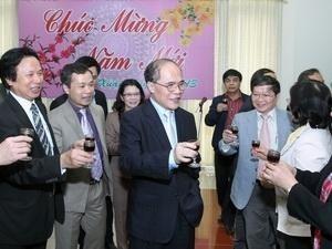 Нгуен Шинь Хунг поздравил органы вьетнамского парламента с Новым годом - ảnh 1