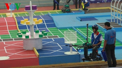 В Дананге открылся Азиатско-тихоокеанский конкурс «АБУ робокон-2013» - ảnh 1