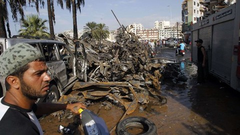 В результате двойного взрыва в Ливане пострадали 400 человек - ảnh 1