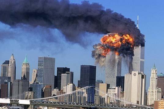 США усилили меры безопасности в связи с годовщиной события 11 сентября 2001 г. - ảnh 1
