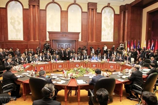 Вьетнам внес важный вклад в успех 23-го саммита АСЕАН - ảnh 2