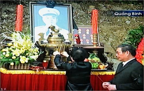 Вo Вьетнаме состоялись церемонии прощания с генералом армии Во Нгуен Зяпом - ảnh 31