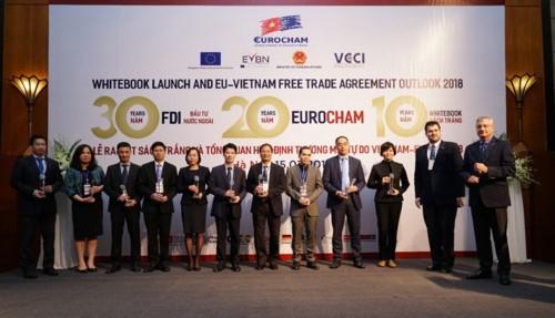 EuroCham презентовала «Белую книгу» 2019 года о торговле и инвестициях во Вьетнаме - ảnh 1