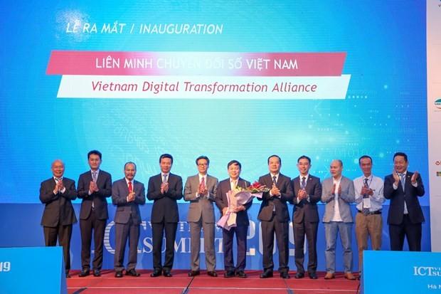 Вьетнамский форум высокого уровня по информационным и коммуникационным технологиям - ảnh 1