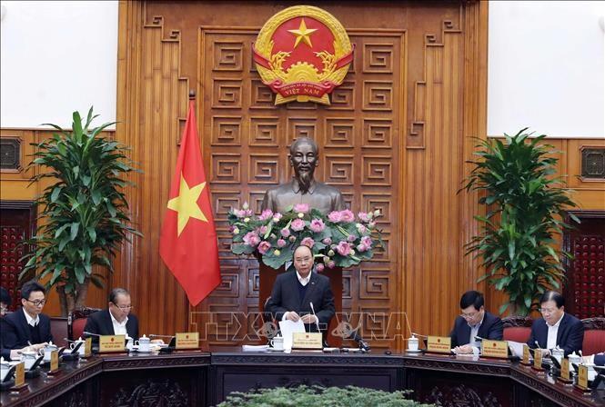 Постоянное бюро правительства Вьетнама обсудило борьбу с коронавирусом - ảnh 1