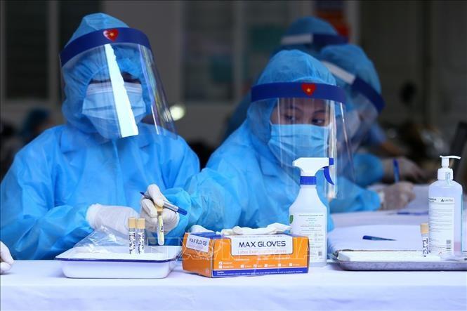 Во Вьетнаме выявлены 14 новых случаев заражения коронавирусом  - ảnh 1