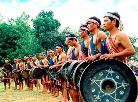 Việt Nam tích cực bảo vệ di sản văn hóa phi vật thể của UNESCO - ảnh 1