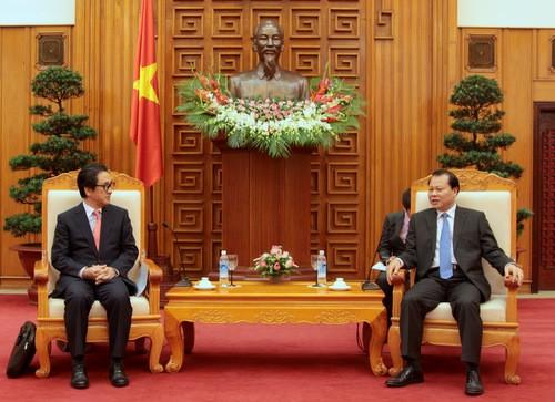 Phó Thủ tướng Vũ Văn Ninh tiếp Chủ tịch, kiêm Tổng Giám đốc Cơ quan xúc tiến thương mại Nhật Bản - ảnh 1