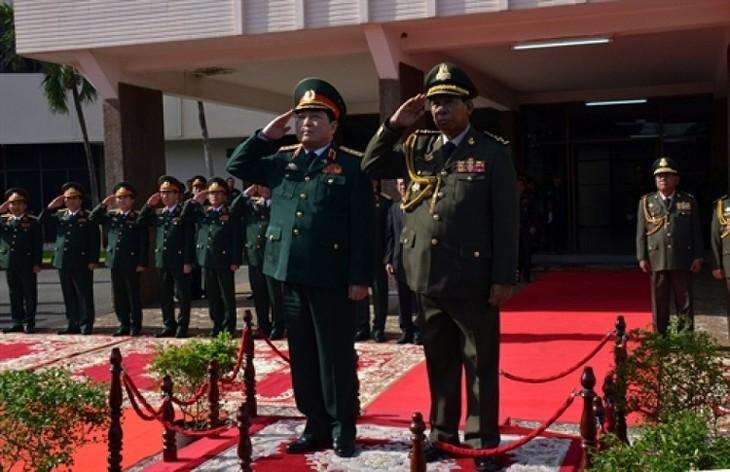 Quân đội hai nước Việt Nam và Campuchia tăng cường hợp tác - ảnh 1
