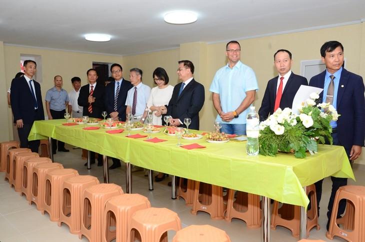 Hội Làng Sen, Ucraina đông vui, đoàn kết và ý nghĩa - ảnh 10