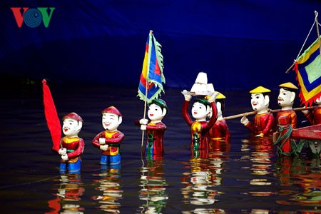 Thưởng thức nghệ thuật truyền thống ở Hạ Long - ảnh 2
